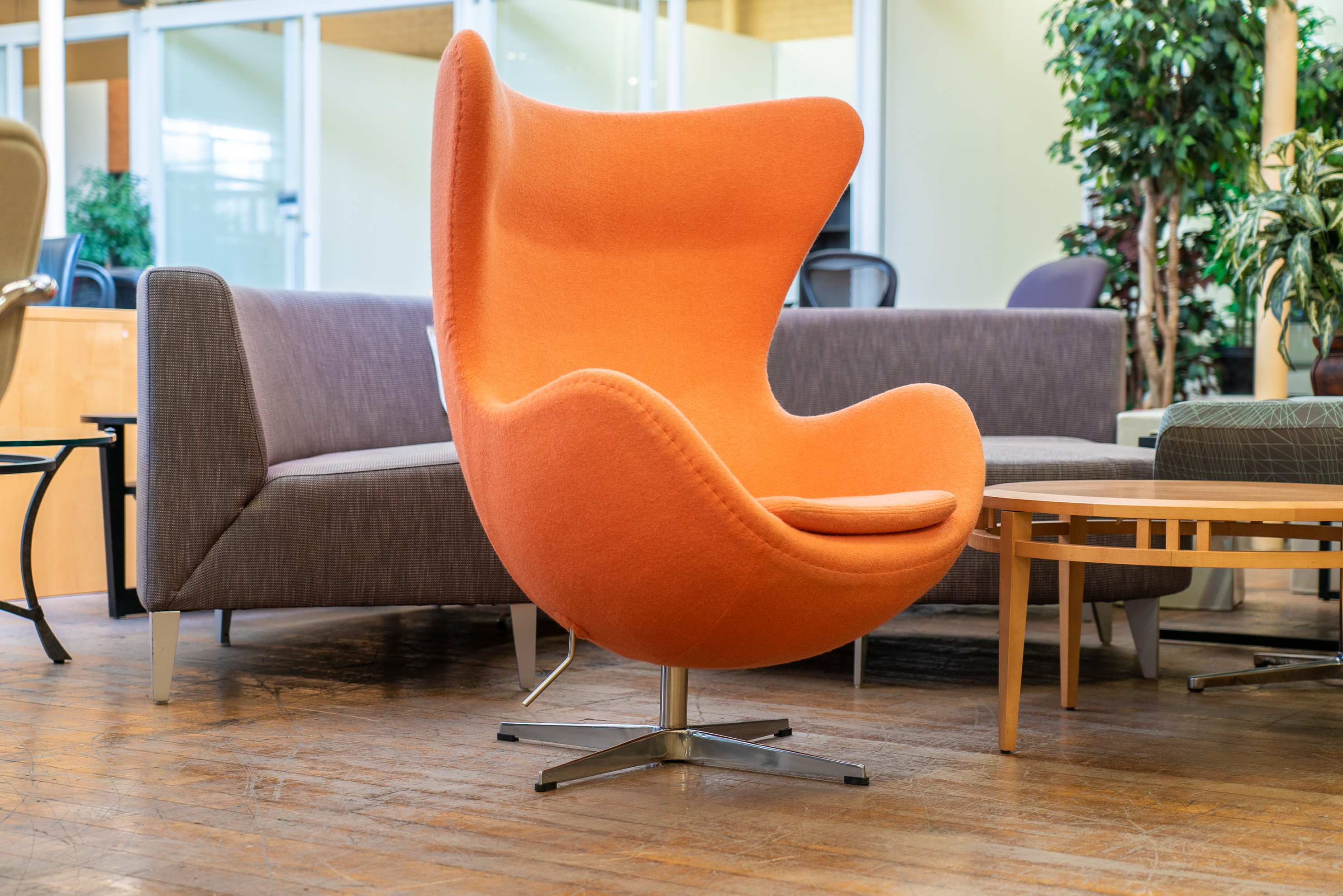 Mlf Arne Jacobsen Egg Chairs Peartree Office Furniture