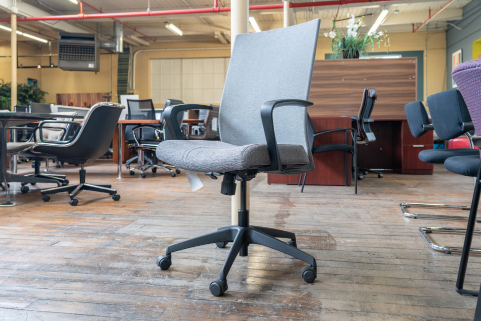 Stylex Insight Mesh Back Conference Chairs
