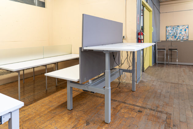 """OFS 72""""x 30"""" Sit Stand 4-Pod Benching (Set of 8 Workstations)"""