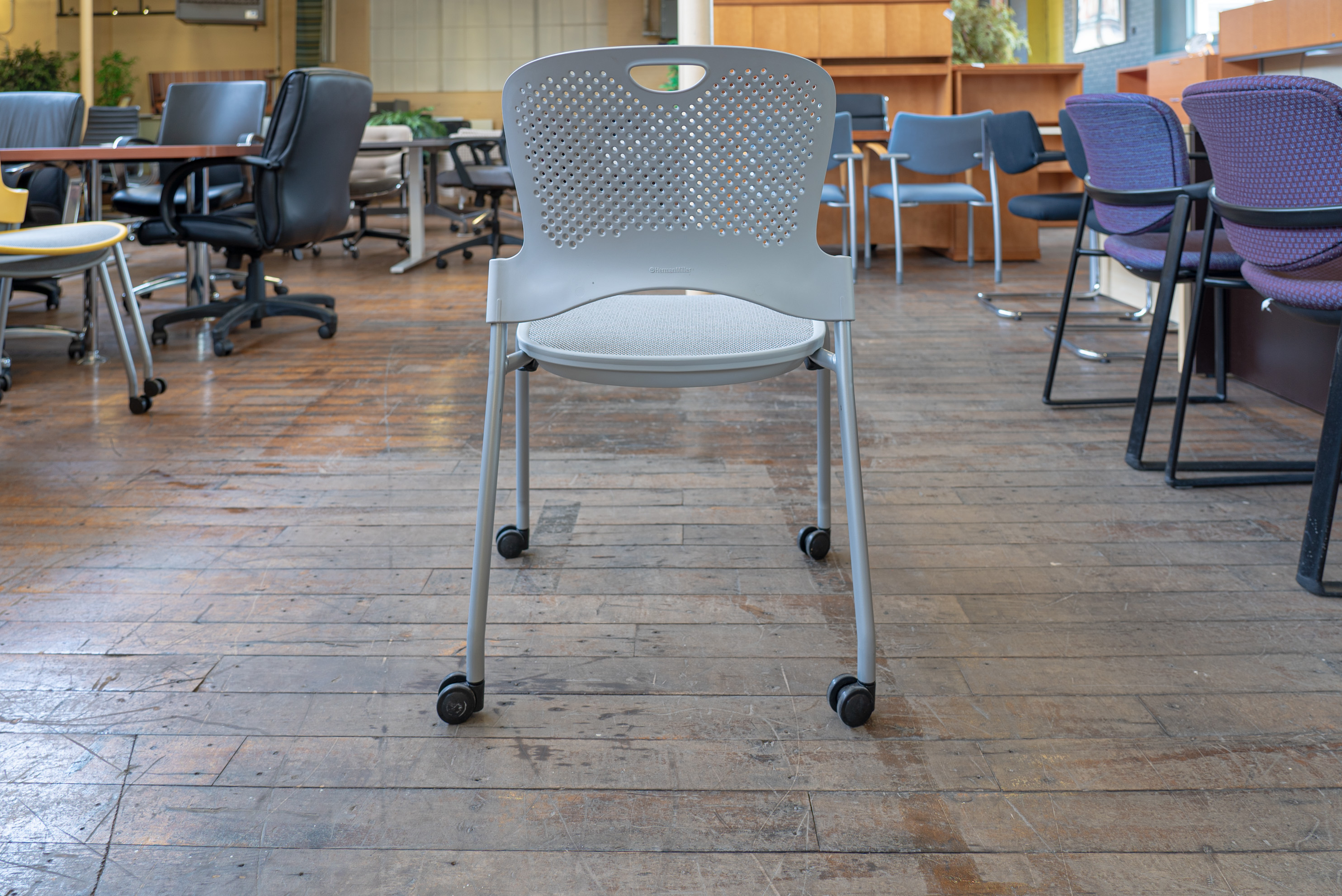 Herman Miller Caper Flexnet Mesh Armless Mobile Stacking Chairs Peartree Office Furniture
