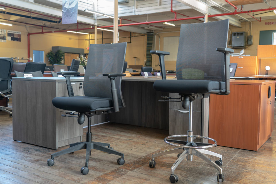 Peartree Eclipse Mesh-Back Task Chairs & Stools