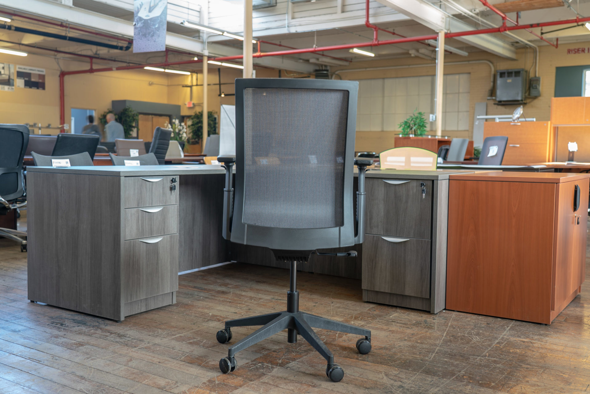peartree-eclipse-mesh-back-task-chairs-stools