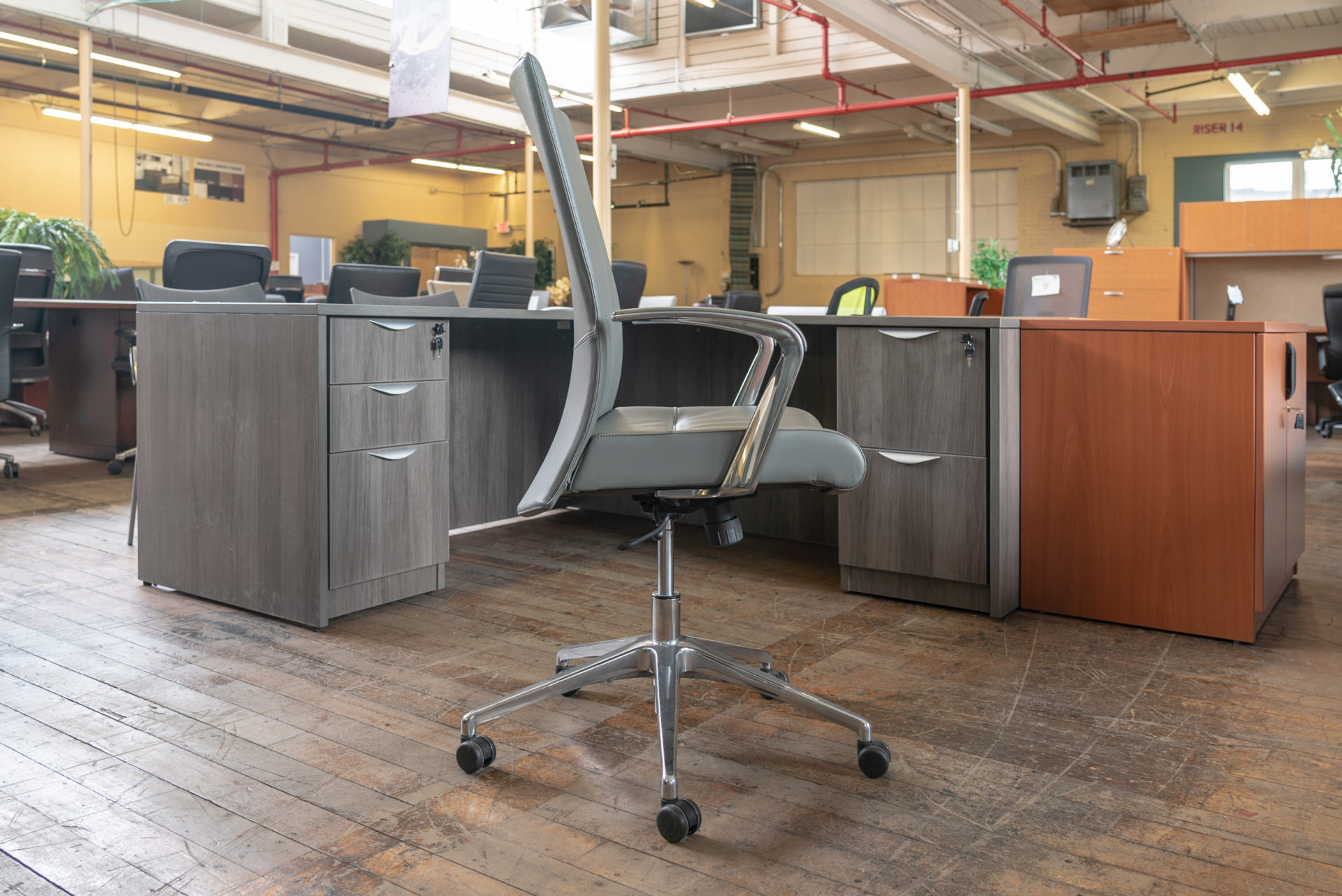 stylex-insight-decora-mid-back-leather-executive-chairs