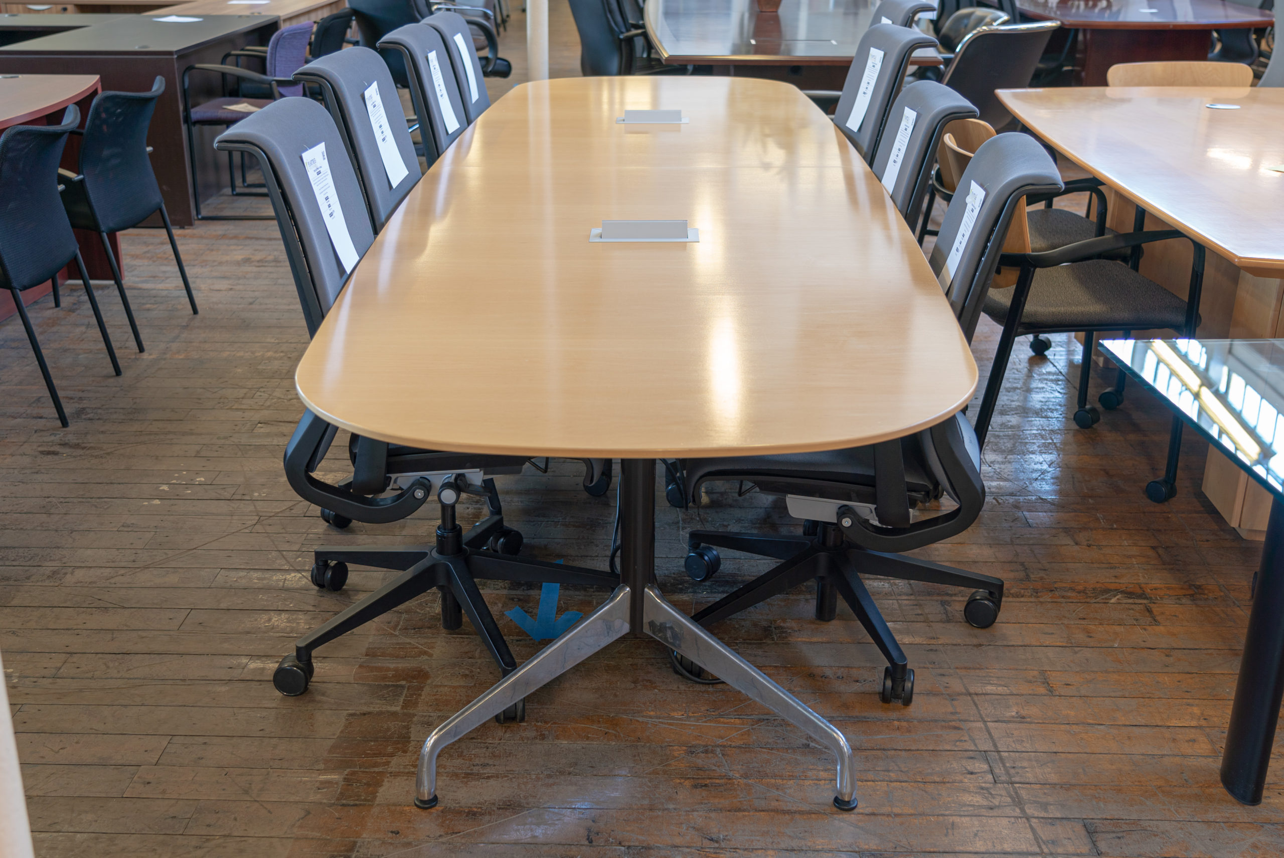 herman-miller-eames-boat-shaped-conference-table