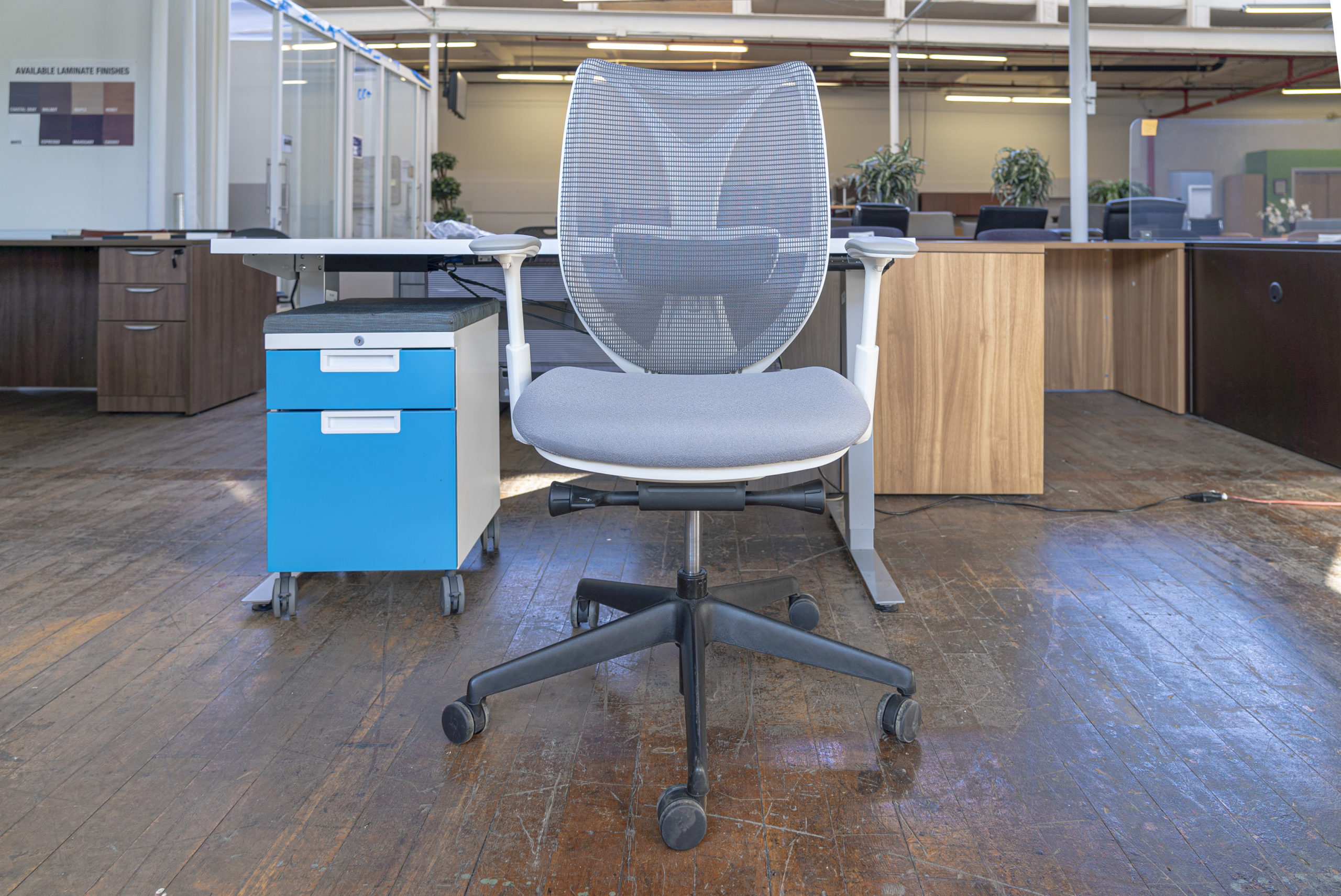 3-piece-teknion-home-office-bundle-with-height-adjustable-desk-sabrina-task-chair