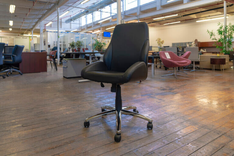 Peartree Office Warren Series Conference Tilter Chairs