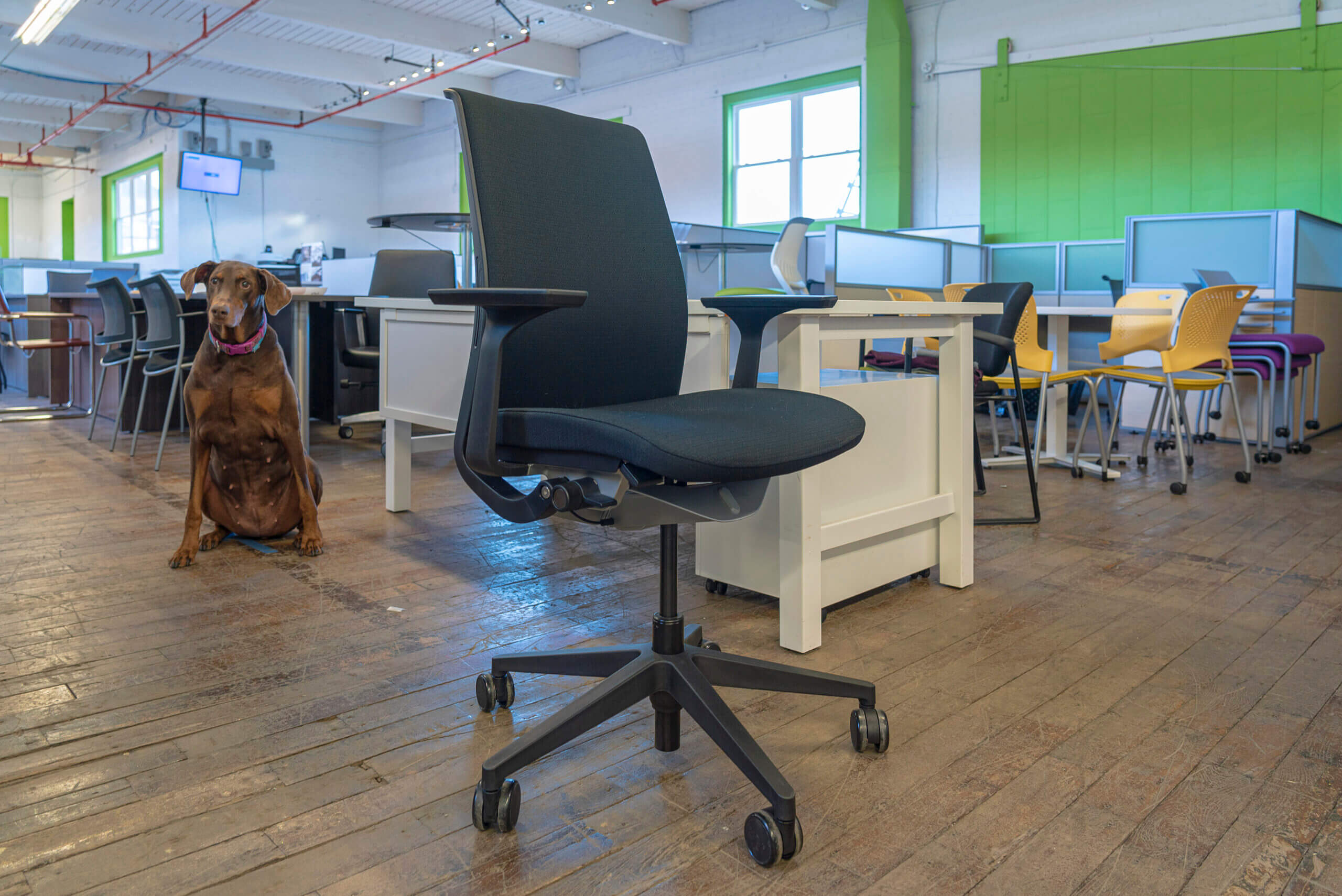 steelcase-think-v2-conference-chairs