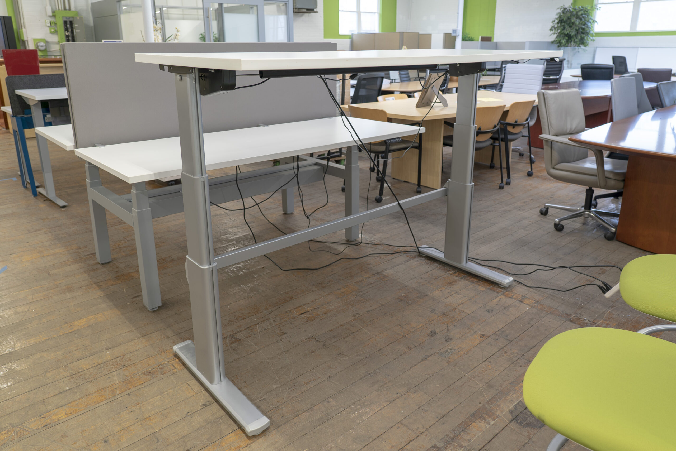 steelcase-series-5-height-adjustable-sit-to-stand-desk