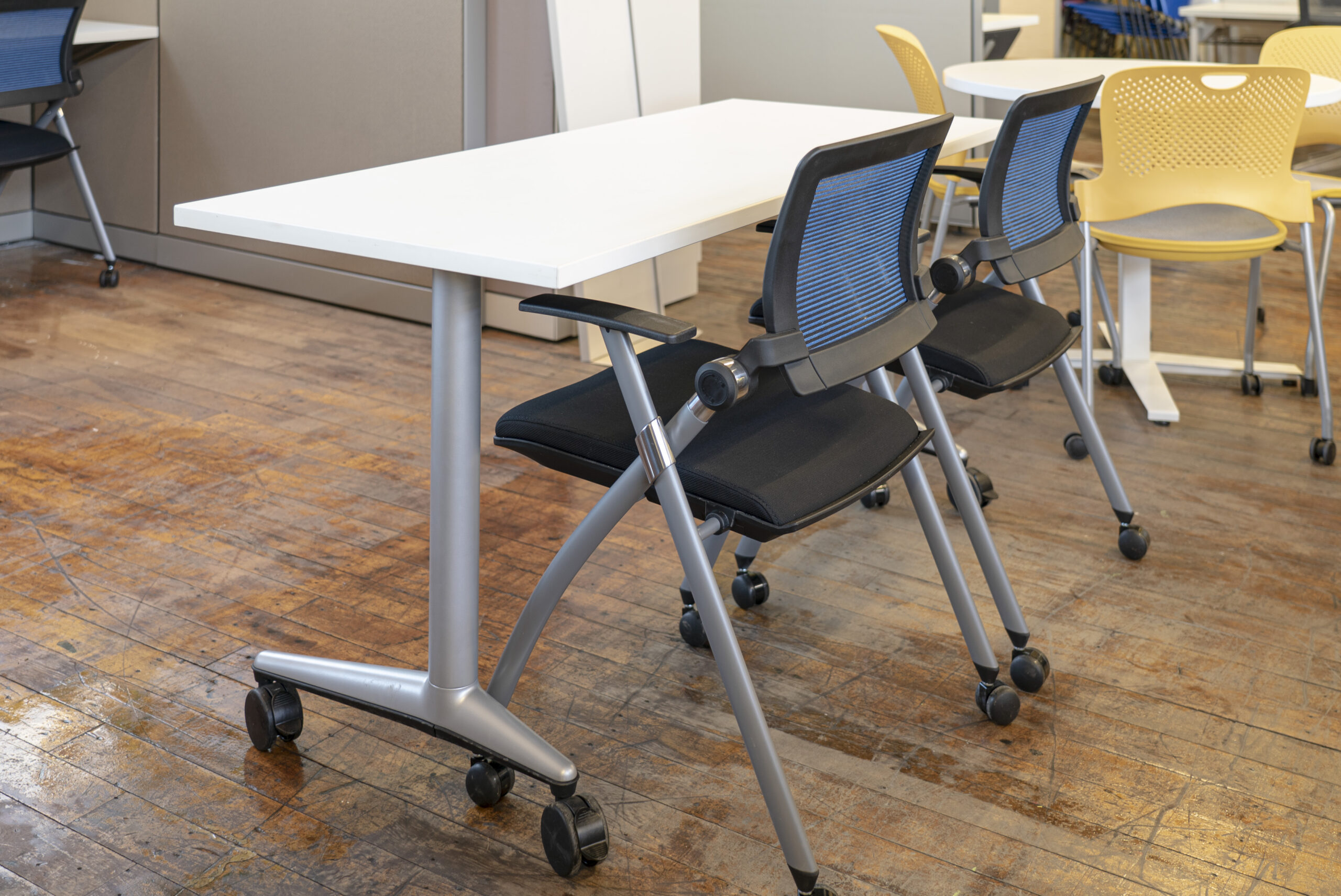 steelcase-akira-training-tables
