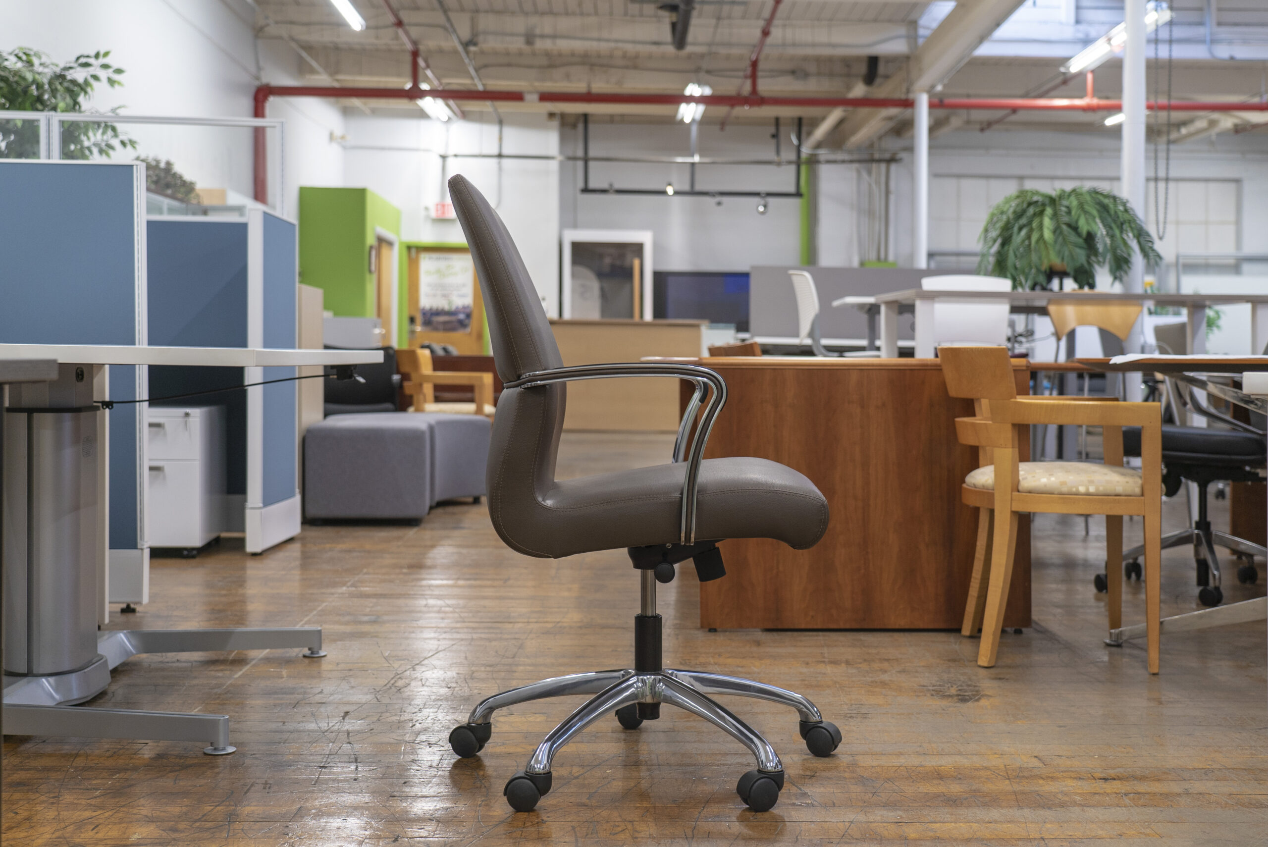 coalesse-chord-midback-conference-chairs
