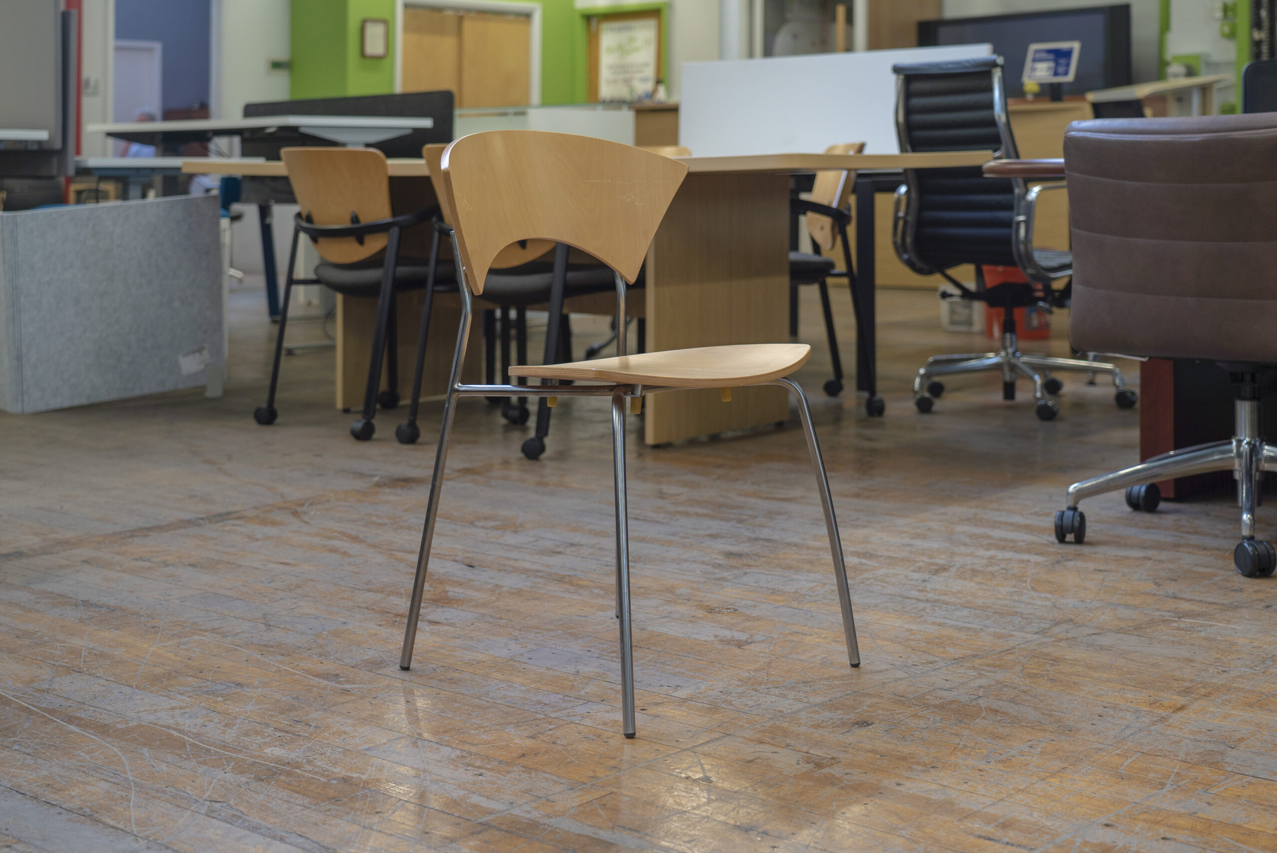 allermuir-scala-stacking-chairs